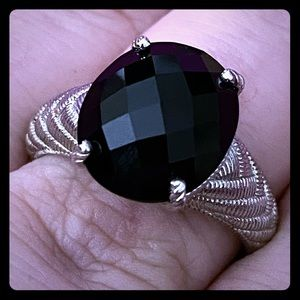 NWOT - Sterling Silver & Black Onyx Ring